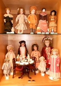 Elaine Annen Doll Museum